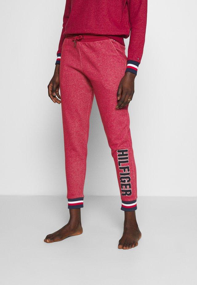 MODERN STRIPE TRACK PANT - Pyjamasbyxor - deep rouge