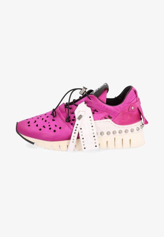 Sneakers laag - fuchs