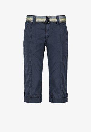 MIT GÜRTEL - Shorts - dark-blue