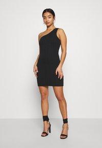 Miss Selfridge Petite - MINI ONE SHOULDER BANDAGE DRESS - Kjole - black - 1