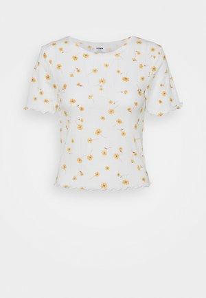 LITTLE SISTER POINTELLE TEE - T-shirts med print - adele daisy luna white