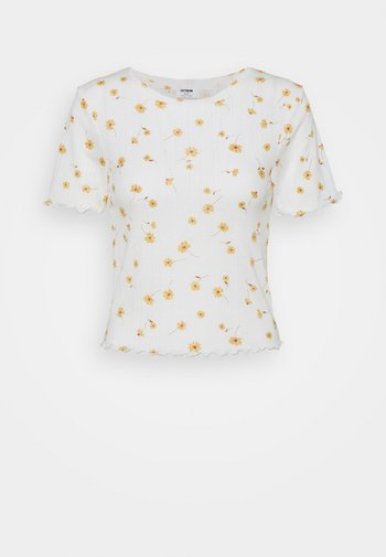 LITTLE SISTER POINTELLE TEE