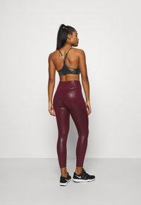 Nike Performance - Leggings - dark beetroot - 2