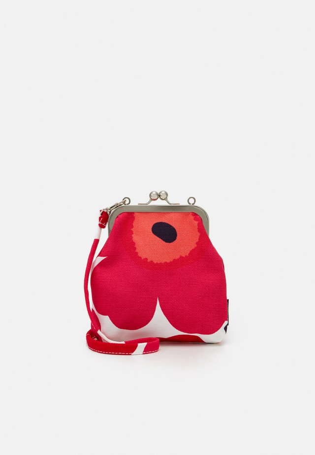 ROOSA PIENI UNIKKO BAG - Pikkulaukku - white/red