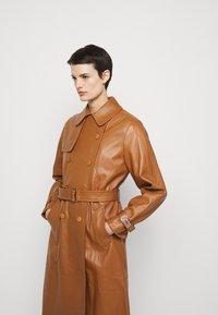 Alberta Ferretti - Trenchcoat - brown - 3