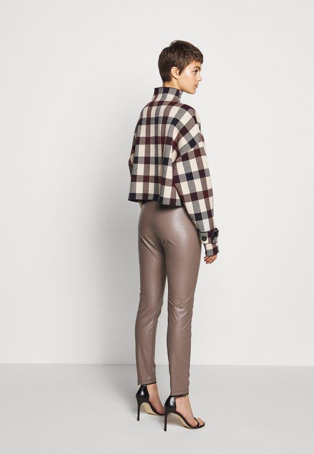 RANGHI - Leggings - Trousers - taubengrau