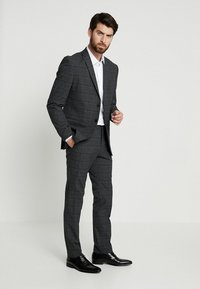 Farah Tailoring - HANDFORD SLIM FIT - Formal shirt - white - 1