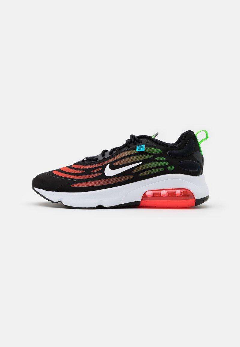 Nike Sportswear - AIR MAX EXOSENSE SE UNISEX - Baskets basses - black/white/flash crimson/green strike/blue fury