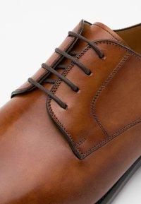 Magnanni - Smart lace-ups - catalux coñac - 3