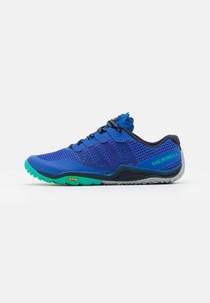 TRAIL GLOVE 5 - Běžecké boty do terénu - dazzle