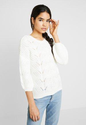 Pullover - white alyssum