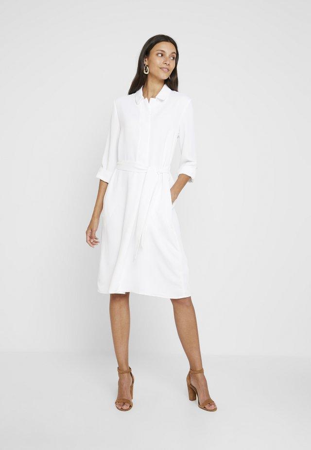 TEXTURED STYLE DRESS - Shirt dress - white