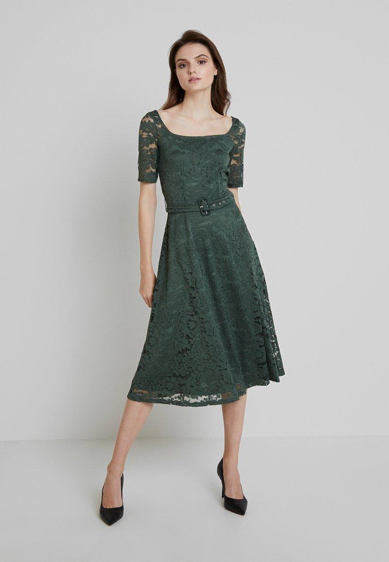 mint&berry - Cocktail dress / Party dress - laurel wreath