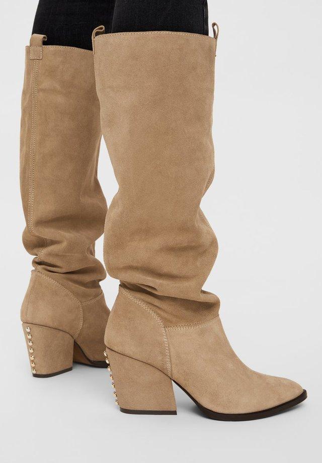 BIADELINA - Stivali alti - beige