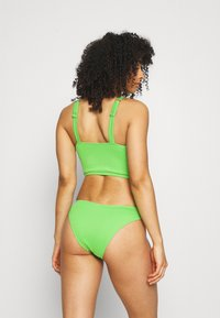 We Are We Wear - ASHLEY BRAZILIAN - Bikinibroekje - green - 2