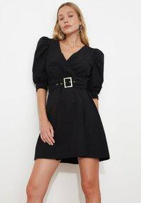 Trendyol - Sukienka letnia - black - 0