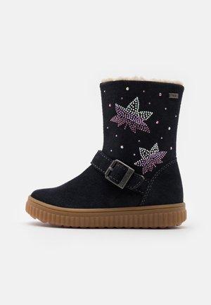 YANNI TEX - Classic ankle boots - atlanti