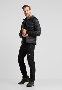 The North Face - THERMOBALL ECO JACKET - Winter jacket - black - 1