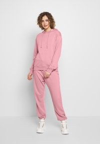 Missguided - BASIC HOODY - Mikina skapucí - pink - 1