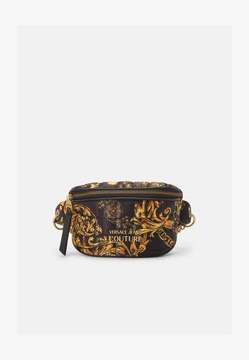 QUILTED BELTBAG - Bum bag - nero/oro