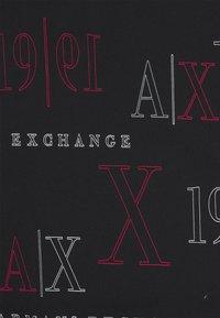 Armani Exchange - T-shirt con stampa - black/red heritage - 2