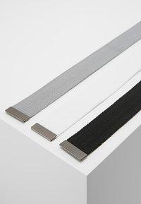 Urban Classics - 3 PACK - Belt - black/grey/white - 3