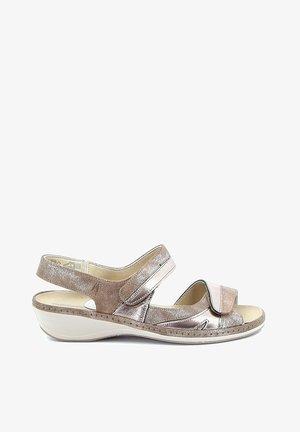 RACHEL - Sandalen met sleehak - beige