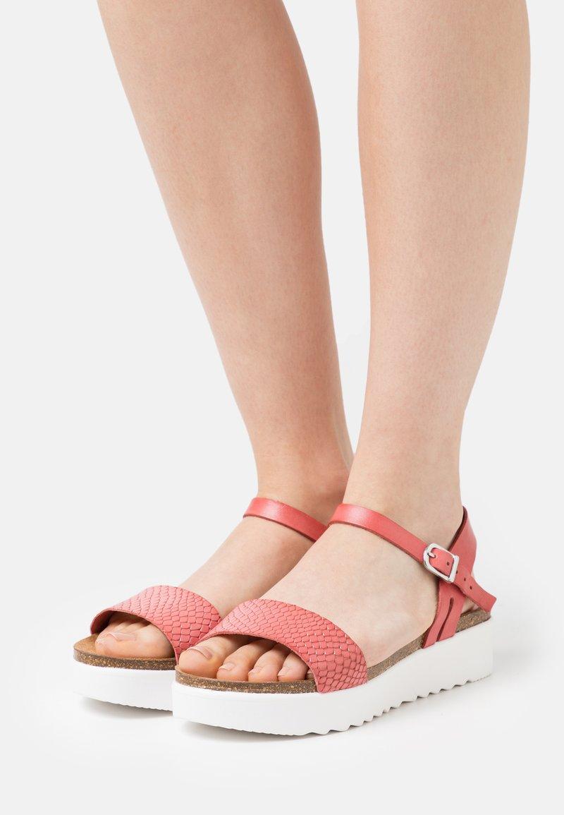 Grand Step Shoes - EDEN - Platform sandals - rosita