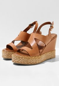 Inuovo - High heeled sandals - coconut ccn - 4
