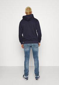 Only & Sons - ONSLOOM  - Slim fit jeans - blue denim - 2