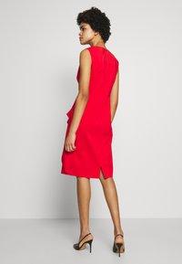 Steffen Schraut - BENITA SUMMER DRESS - Shift dress - red lips - 2
