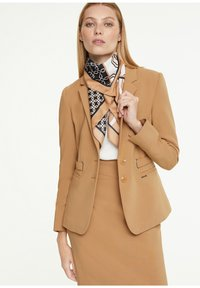 comma - Foulard - placed print shirt - 2
