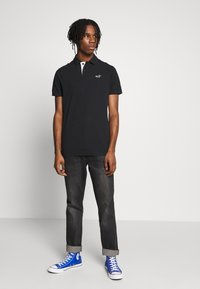 Hollister Co. - HERITAGE SOLID NEUTRALS - Polo shirt - black - 1