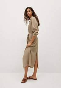 Mango - MIT TEXTUR - Shirt dress - beige - 5