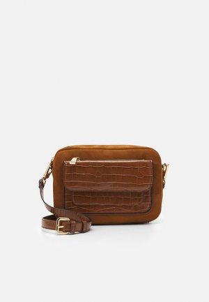 CROSSBODY BAG  - Across body bag - camel