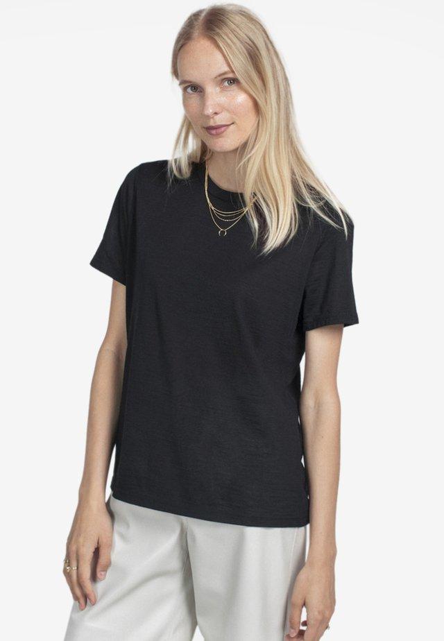 RELAXED - T-paita - black