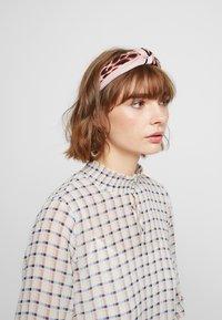 ALDO - ADRIADIA 2 PACK - Hair styling accessory - khaki - 1