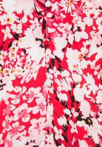 ONLY Carmakoma - CARENOLA MIDI DRESS - Shirt dress - high risk red - 2