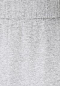 PIECES Tall - PCLEDA ANKLE PANTS - Tracksuit bottoms - light grey melange - 2