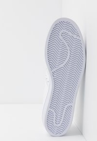 adidas Originals - SUPERSTAR - Sneakers laag - footwear white - 4