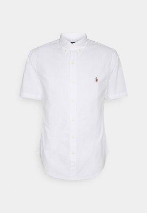 SHORT SLEEVE SHIRT - Skjorter - white