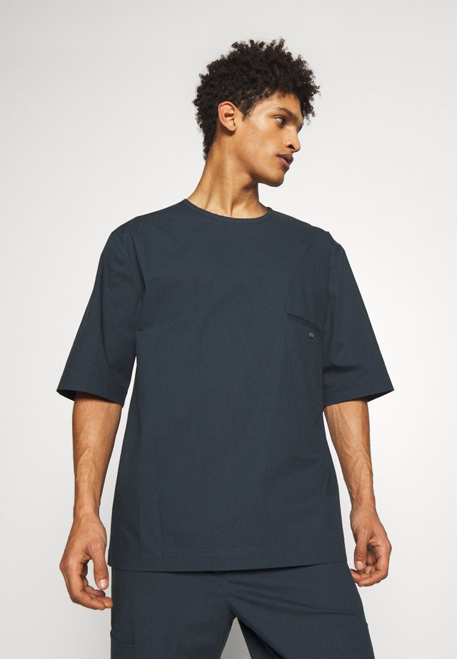 BOXY WASHED - Shirt - marine