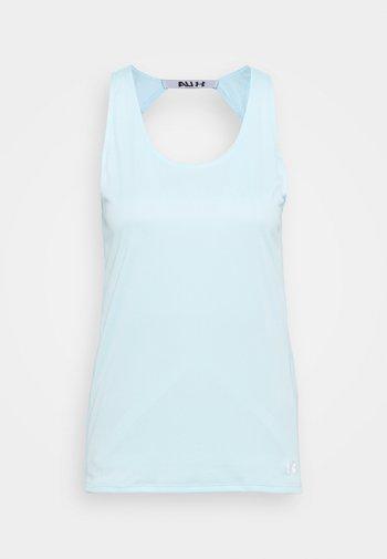 FLY BY TANK - T-shirt sportiva - breeze