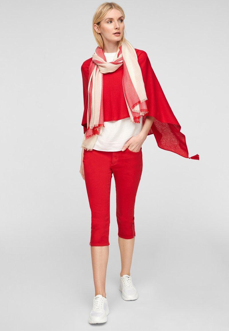 s.Oliver - Scarf - red stripes