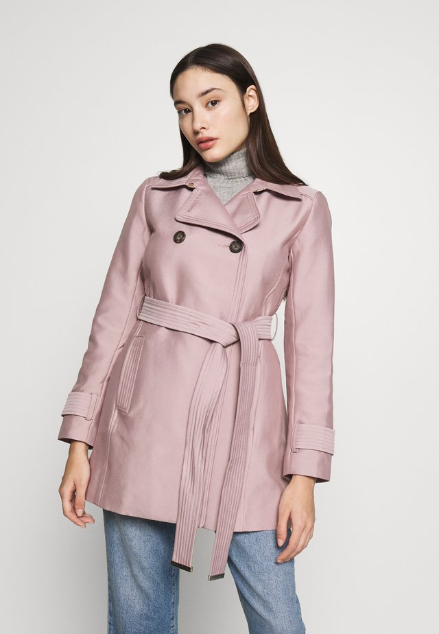 HELENA - Halflange jas - pink