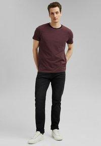 Esprit - Basic T-shirt - berry red - 1