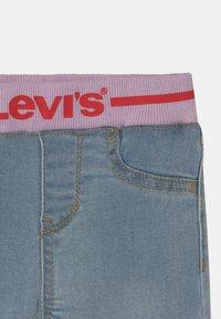 Levi's® - PULL ON SKINNY - Jeans Skinny Fit - light-blue denim - 2