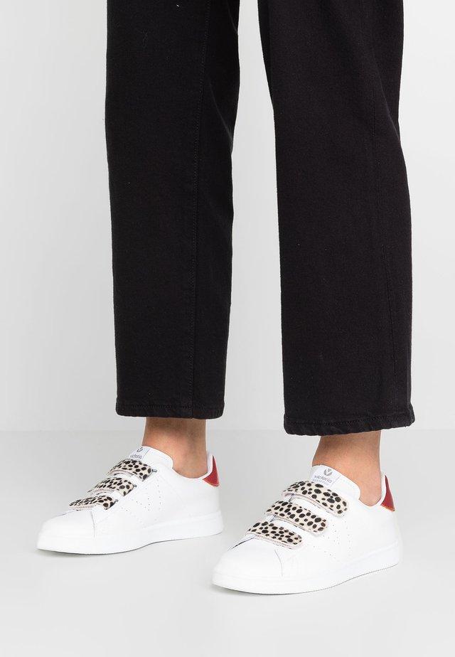 TENIS PIEL VELCROS - Sneakers laag - blanco