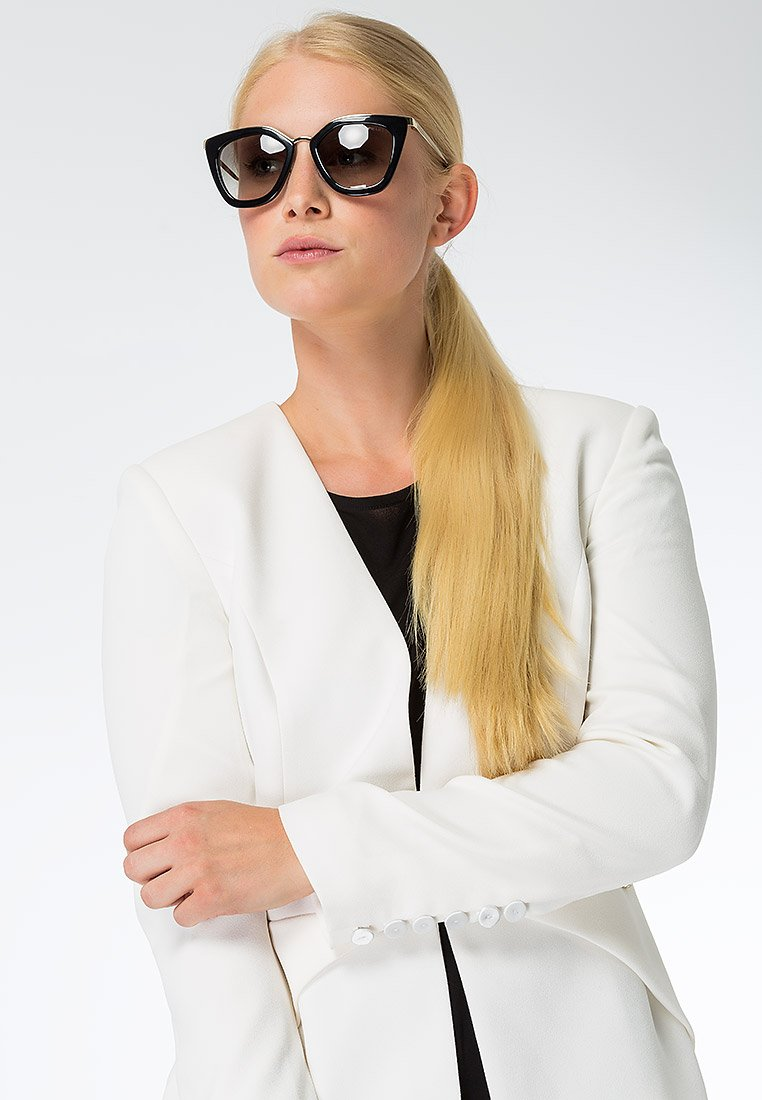Prada - Sonnenbrille - black