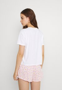 Hollister Co. - CREW - Print T-shirt - white - 2